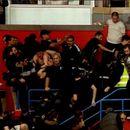 ВИДЕО: Хаос на трибините, тепачка на мечот Партизан –Црвена Звезда