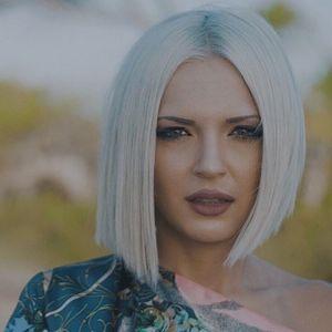 """Нова песна на Теа Трајковска – """"Што би било"""""""