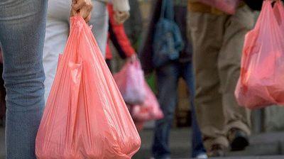 За 98,6 отсто намалена употребата на пластични кеси во грчките супермаркети