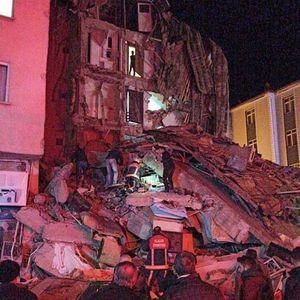 Вознемирувачки слики по земјотресот во Турција, најмалку 18 загинати