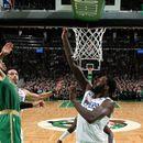 Бостон ги победи Л.А. Клиперс по две продолженија