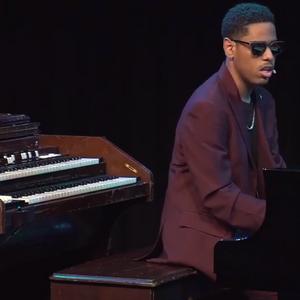 Метју Витакер – слепото момче кое е виртуоз на пијано