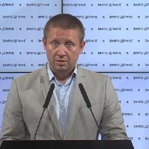 Стојаноски: Заев потфрли, Комисијата за заразни болести ги стави партиските интереси пред здравјето на граѓаните