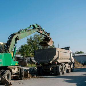 Трајчевски: Се реконструира улица Радушка, инвестираме во развој на инфраструктурата во Ѓорче Петров