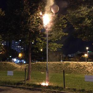 Се запали бандера пред Олимписки базен во Скопје