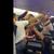 ВИДЕО: Масовна тепачка во авион поради носење маска под брада