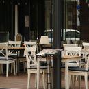 Американските ресторани со големи загуби и околу 2,5 милиони работни места помалку