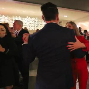 ВИДЕО: Со 130 гости, без невеста и младоженец, се одржува пилот-свадба во Хрватска