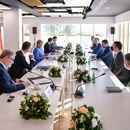 Заев и Меркел на средба во Тирана: Македонија треба да ги започне преговорите, европската интеграција не треба да се одложува