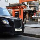 Londonski taksi i u Tokiju