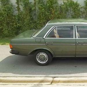Mercedes W123 sa samo 14.040 km na prodaju za 26.500 evra