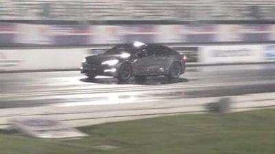 Tesla Model S Plaid novi svetski rekorder na četvrt milje