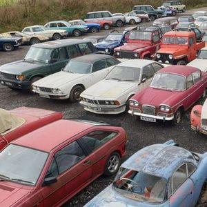 Čak 135 napuštenih automobila pronađenih na imanju u Engleskoj završilo na aukciji