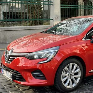 Renault Clio i Dacia Duster (benzin/gas) – Vožnja kroz Vojvodinu i Šumadiju