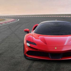 Видео разгледница од Маранело: Ferrari покажа како го произведува SF90 Stradale