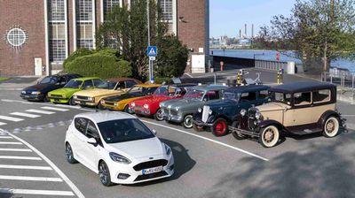 Ford одбележува 90 години производство во фабриката во Келн