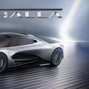 Aston Martin Valhalla –најнова hypercar изведба, по Valkyrie