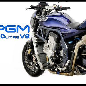 PGM V8 спортски мотоцикл со V8 мотор и 334 КЅ