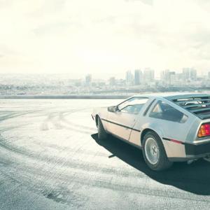 Враќање на филмската ѕвезда DeLorean DMC-12 на автомобилскиот пазар!?