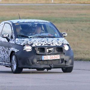 Електричен Fiat 500e без маска