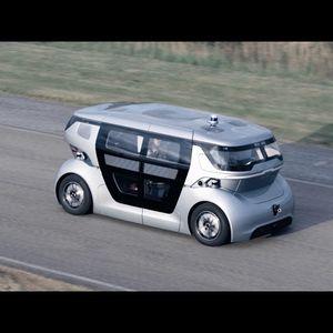 NEVS го претстави Sango автономното возило како дел од PONS