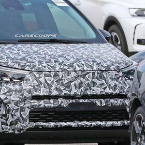 Шпионски фотки: Opel Crossland X -2021