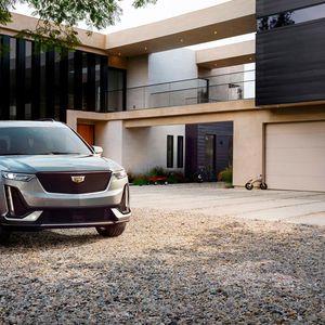 Cadillac XT6: Блиндиран CUV за тие што не сакат да паѓаат во очи!