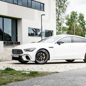 Колички за бебиња со ознака Mercedes AMG!