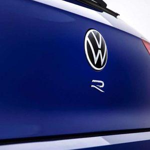 Volkswagen Golf R 2021 пристигнува идната недела!