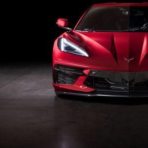 2020 Corvette C8 сега со централно поставен V8