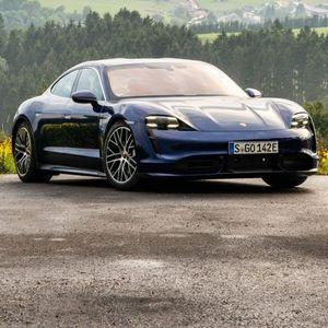 Porsche Taycan ги надмина очекувањата со 30.000 нарачки