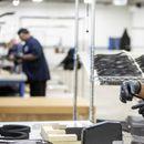 Ford и FCA ќе произведуваат респиратори, маски и заштитни визири