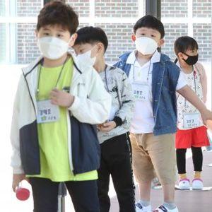 Южна Корея връща част от мерките, отново бум на заразени