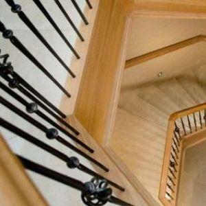 15 интересни модели на скали за семејни куќи