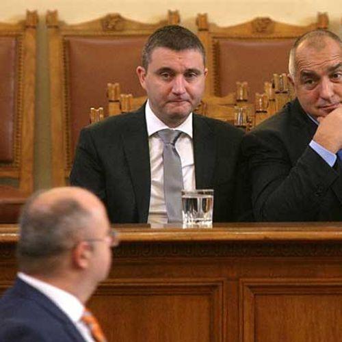 Напълно неверни данни е предоставил Владислав Горанов за доходите в България