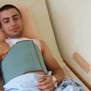 Младеж се нуждае спешно от помощ! В България му отказват животоспасяващи лекарства