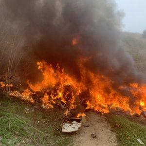 TMZ објави фотографии од местото на пaдoт на xeликоптерот на Брајант, неколку минути по импaктoт