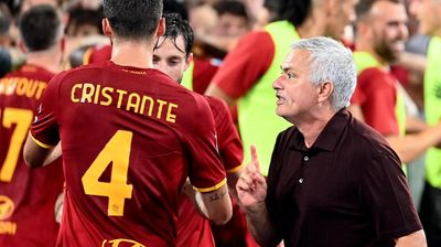 Childlike Mourinho hails 'incredible' Roma win after late El Shaarawy heroics