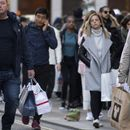 UK retail sales slump continues for fifth consecutive month
