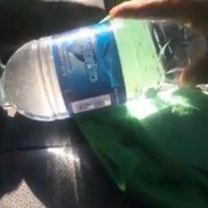 Никако не оставајте шише вода на седиштето во автомобилот, еве зошто
