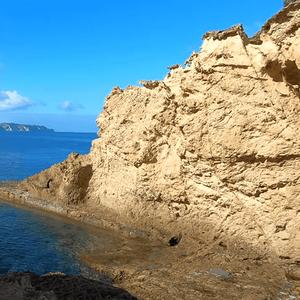 Заноне – италијански остров кој некогаш бил синоним на оргии и разврат