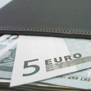 Проверете можеби преку ноќ сте се обогатиле: Банкнотите од 5 евра вредат како 500, еве како да ги препознаете