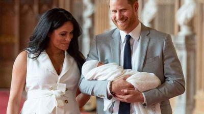Кой е тайнственият кръстник на малкия принц Арчи?