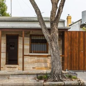 Shock discovery for Newtown's famed sandstone cottage