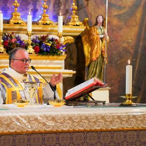 """""""Neither persons nor power diminish our dignity"""" – The Archbishop"""