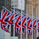 UK to issue temporary visas to lorry drivers to ease supply chain issues