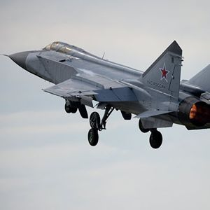 WATCH MiG-31 Fighter Jet Cross Armstrong Limit, Reach Near Space