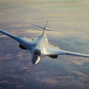 Raketonosni bombarderi Tu-160 lete iznad arktičkih voda