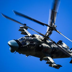 Alligator in the sky: Russian combat helicopter performs insane stunts (VIDEO)