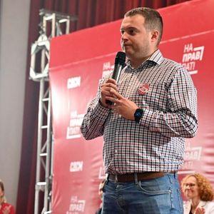 Каевски на трибина во Струга: Ги слушаме граѓаните и работиме за нив, Струга добива нов модерен базен, едриличарскиот клуб повторно ќе се отвори